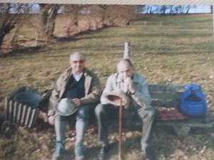 Mit Bruder Gerhard (links im Bild) bei einer Bergwanderung