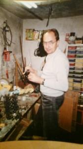 Elmar Gruber in seiner Werkstatt
